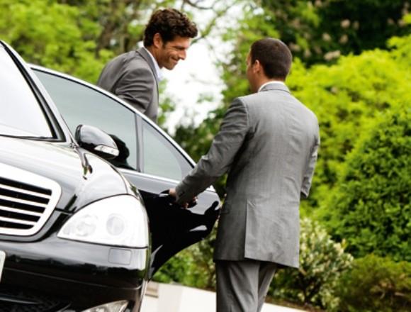 arenda avtomobilej s voditelem Аренда автомобилей с водителем